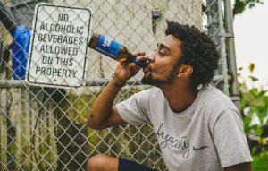 ¿Cómo beber cerveza como Bob Marley?