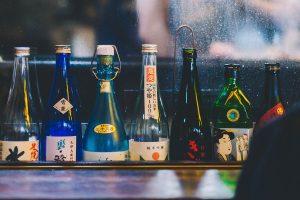 ¿Cómo beber sake como un profesional?